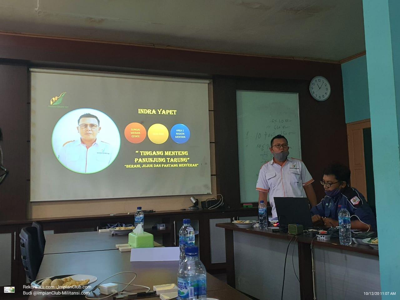 Presenter V, Bapak Indra Yapet, EM SMRE